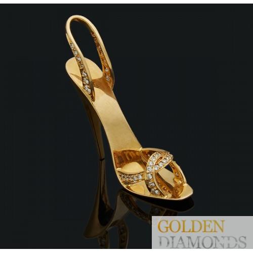 Золотой кулон с  бриллиантами