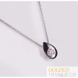 Золотой кулон с бриллиантом